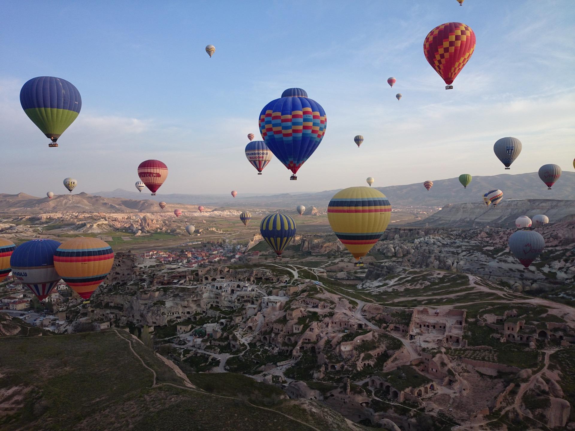 luftballonsfestival i kappadokien, festival kappadokien, festival cappadocia, luftballon kappadokien, luftballon cappadocia, oplevelser i Kappadokien, seværdigheder i kappadokien