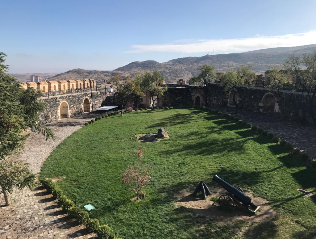 Kayasehir borgen kappadokien 1024x774 - Kayasehir - den største underjordiske by i Tyrkiet