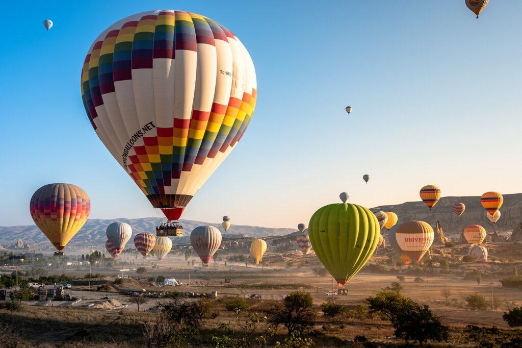 luftballoner i kappadokien 1024x682 - Børnevenlige oplevelser i Kappadokien